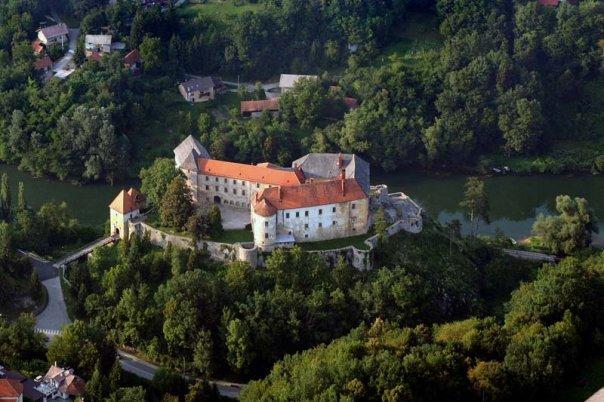 Ozalj_Castle_Aerial_view